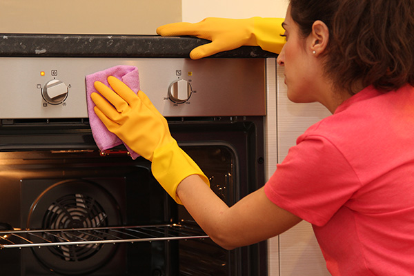 Oven cleaning is included in our tenancy cleaning service.